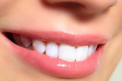5 loại vitamin tốt cho sức khỏe răng lợi